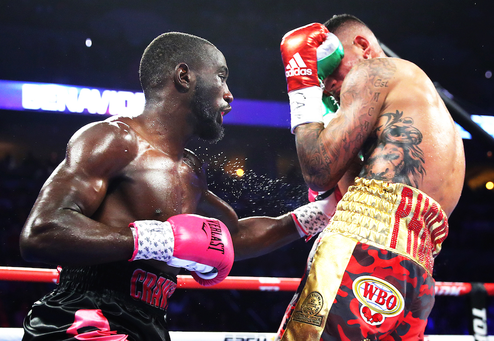 Terence_Crawford_vs_Jose_Benavidez_bodyshot