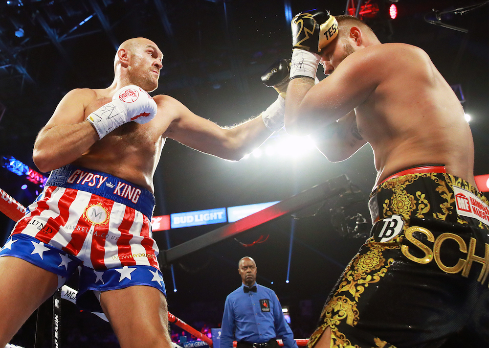 Tyson_Fury_vs_Tom_Schwarz_action2